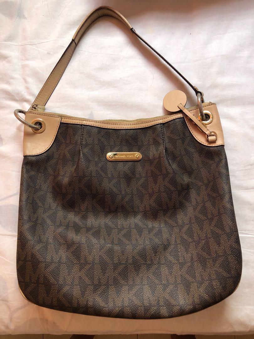 f3410450e50ebf Authentic MK Hobo Bag, Women's Fashion, Bags & Wallets on Carousell