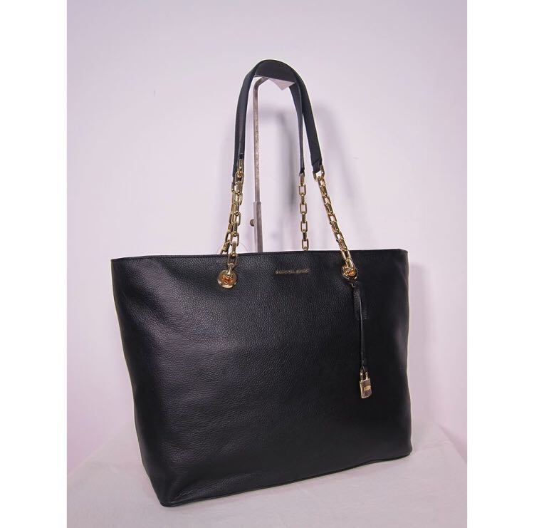 015bf7055 BNEW Michael Kors Chain Link Leather Tote, Women's Fashion, Bags & Wallets  on Carousell