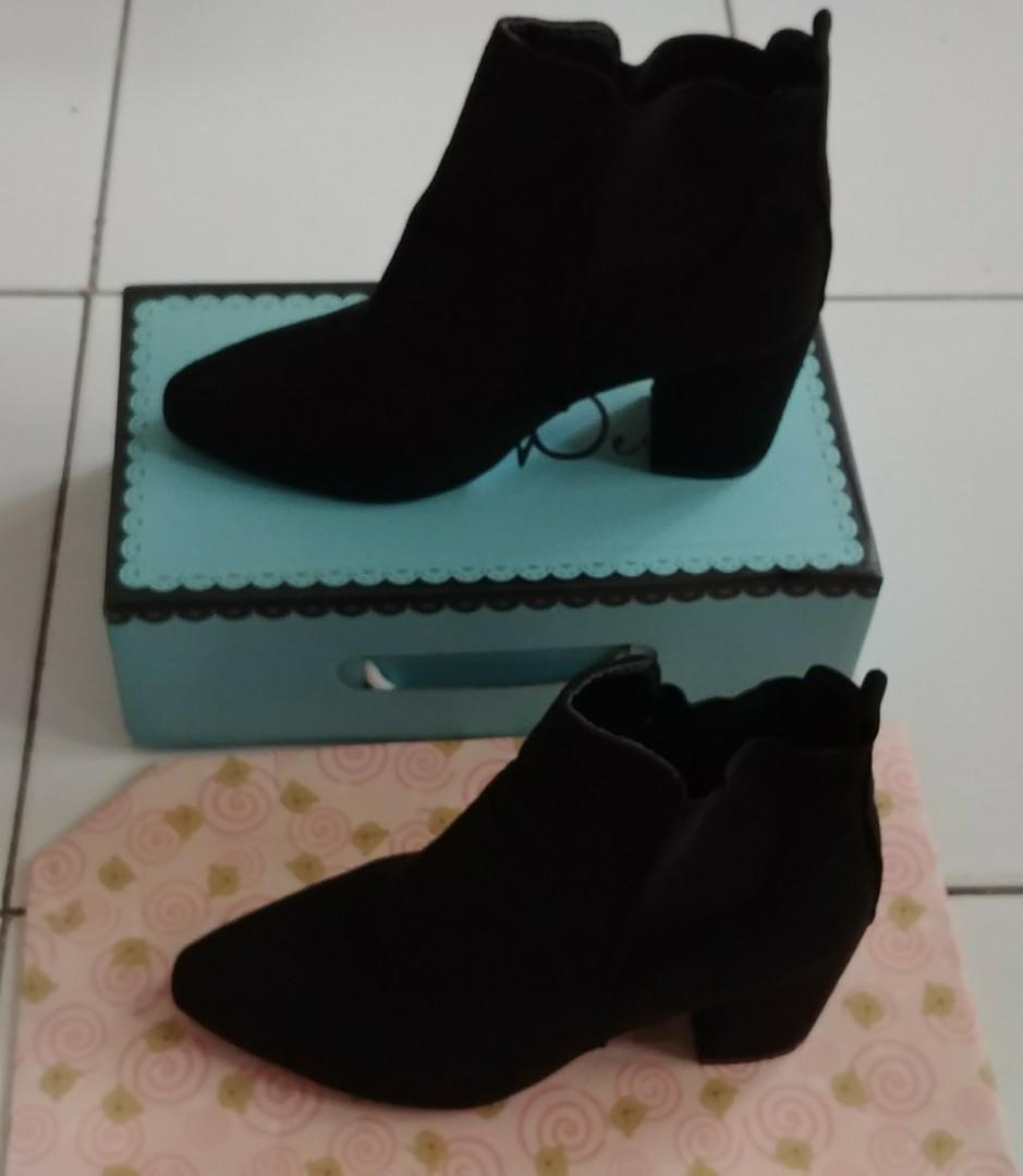 Boots Suede Leather