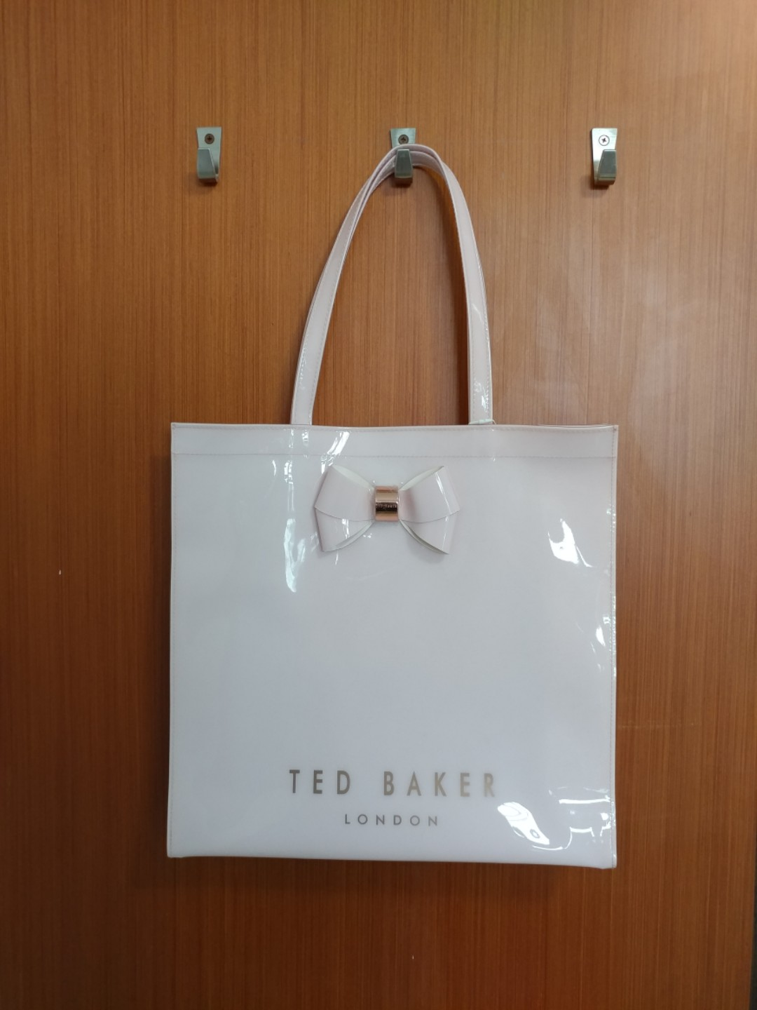 9de373c7a9f6 Brand New Ted Baker Shopper Tote (Pale Pink)