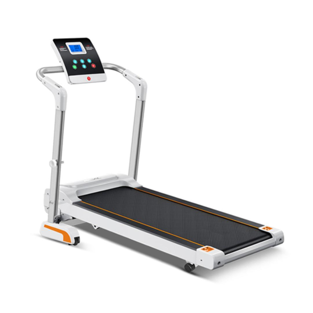 Foldable electric treadmill 3*8*8