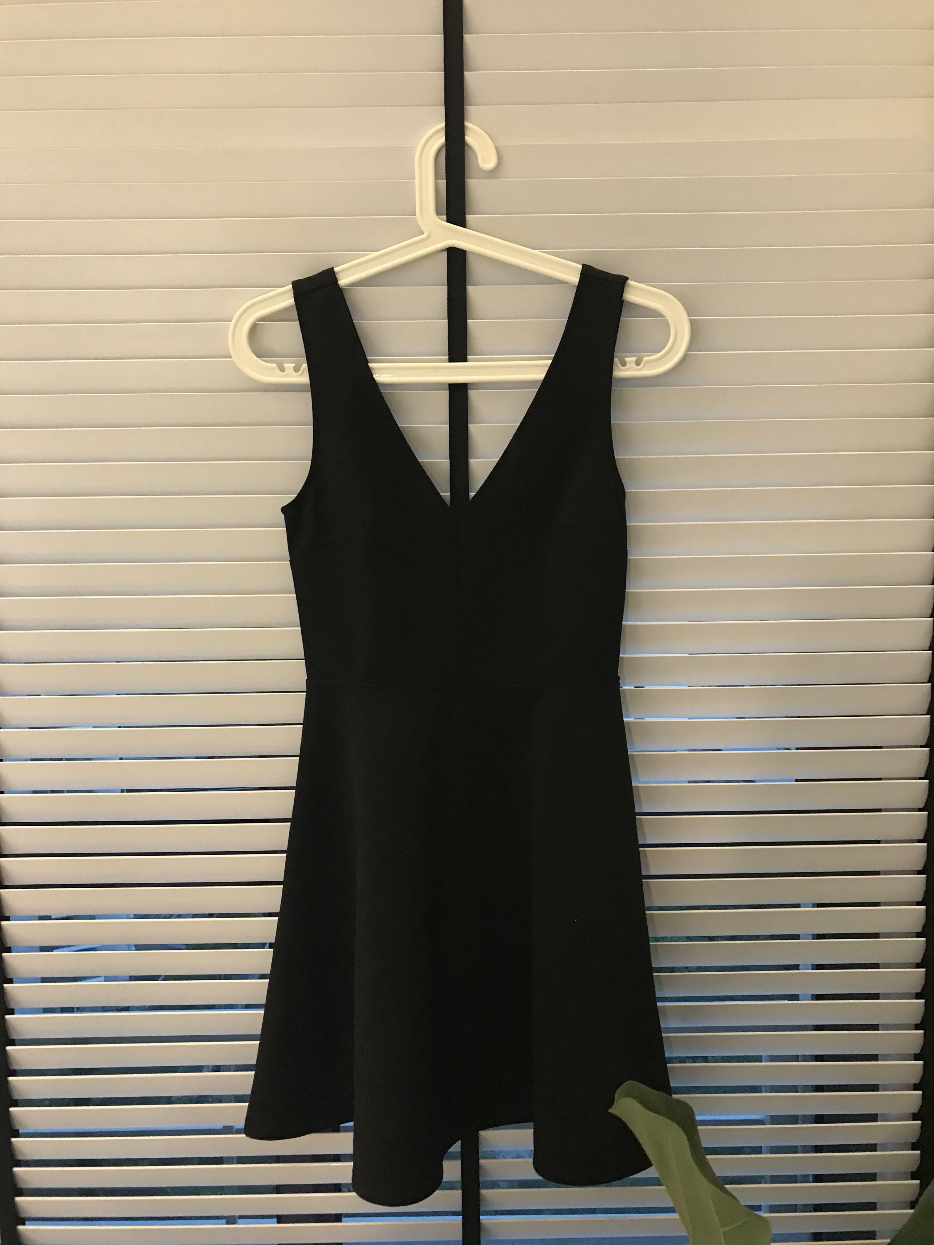 8ab13593548 Little Black Dress Shirt Forever 21