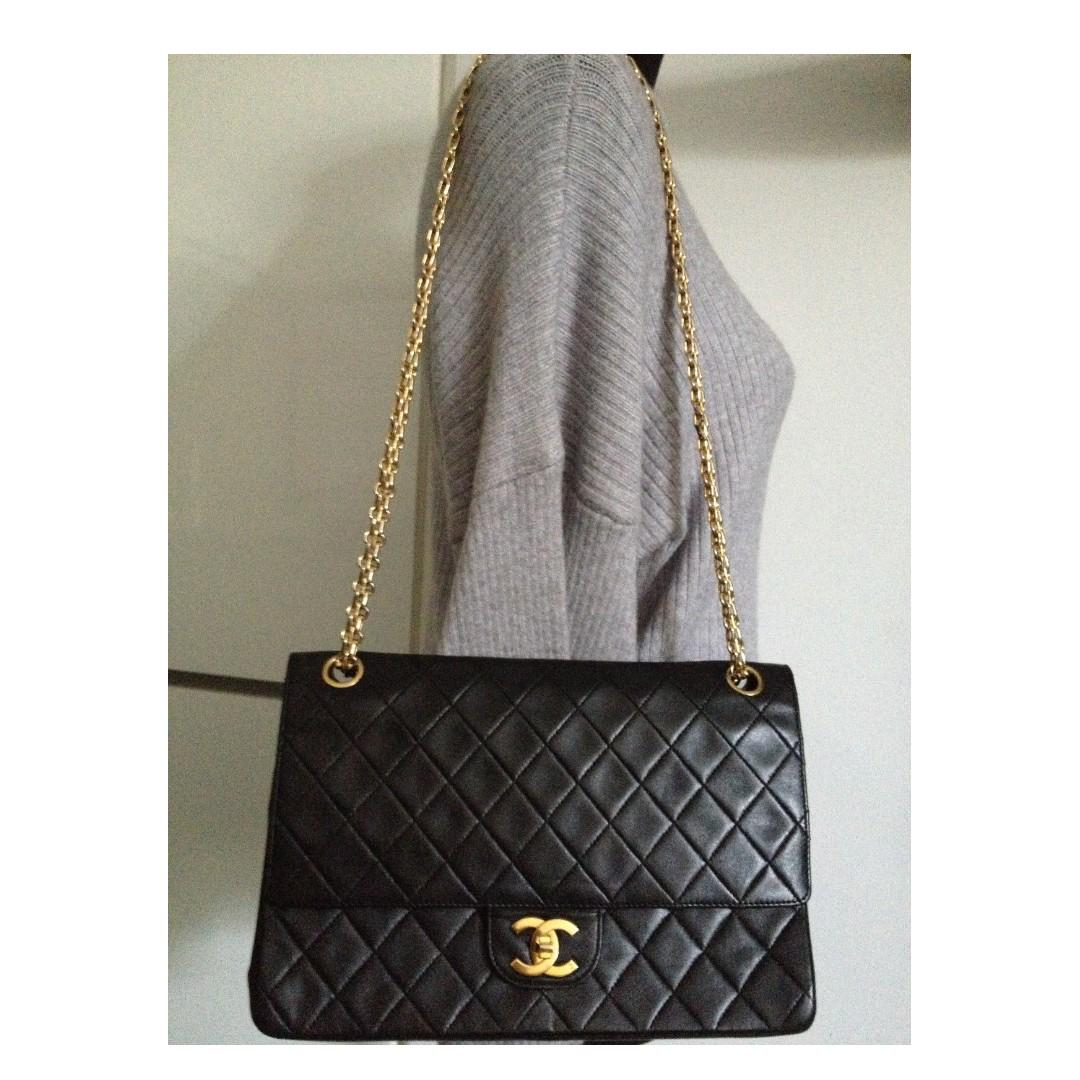 FULL SET CLASSIC CHANEL Black Quilted Lambskin Gold Chain Medium Double Flap Bag