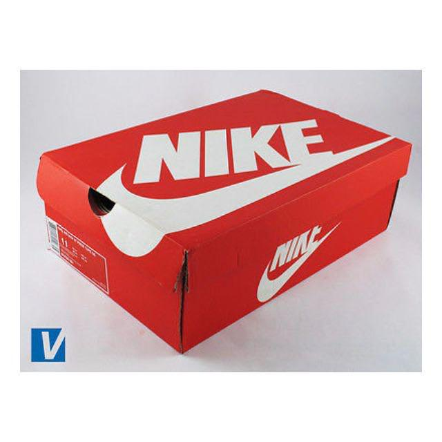 LOOKING FOR: Empty shoe boxes - Nike, Adidas, Converse, Doc Martens