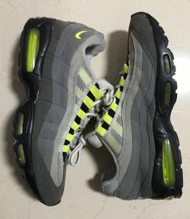 "quality design eab1b 28c5e Nike Air max 95 OG "" Neon "" US 10, Men s Fashion, Footwear, Sneakers ..."