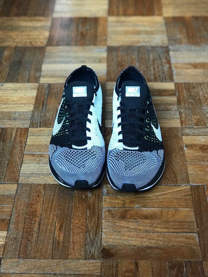 bcdd938cff138 Nike Flyknit Racer Orca Volt