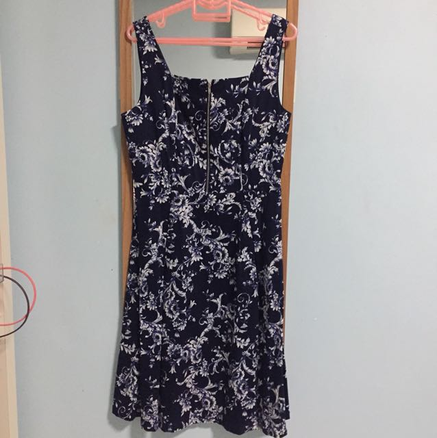 Zalora Collection Zip Detail Floral Navy Fit and Flare Midi Dress