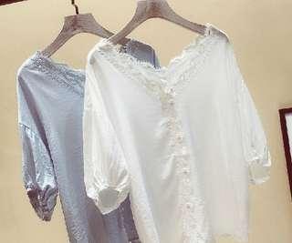 77857 #纯色勾花镂空拼接蕾絲雪纺衫  尺码: M L XL XXL   颜色: 白色 淺藍色