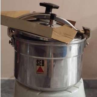 Gas Stove Pressure Cooker 10L