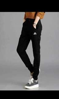 Adidas 愛迪達薄款修身長褲