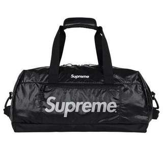 🚚 Instock Supreme Duffle Bag