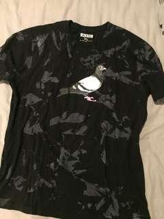 T shirt Staple Pigeon size XL
