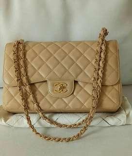 Tas Preloved Chanel Caviar maxi Double flap #17 Original Authentic bag