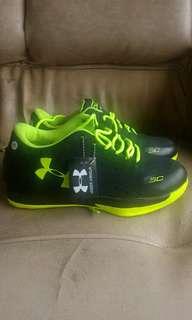 Sepatu Running Under Armour