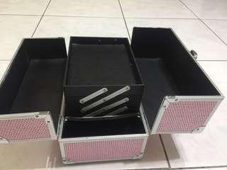 🚚 粉紅工作箱