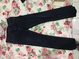 Jeans Uniqlo Selvedge Slim Straight ukuran 28