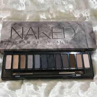 URBAN DECAY NAKED SMOKY EYESHADOW PALETTE (12x1.3g)