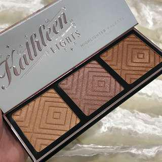 MAKEUP GEEK X KATHLEEN LIGHTS HIGHLIGHTER PALETTE (3x7g)