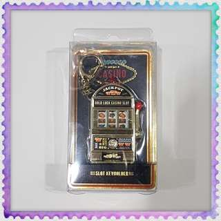 Jackpot Good Luck Casino Slot Machine Keychain Ring Holder