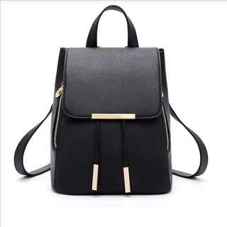 Shiny Sharp Shoulder Backpack in Black 型亮黑色雙肩背囊