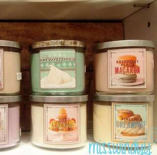 Bath and body works LARGE candle