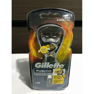 Gillette Fusion Proshield Handle