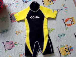 GOMA游泳保暖衣