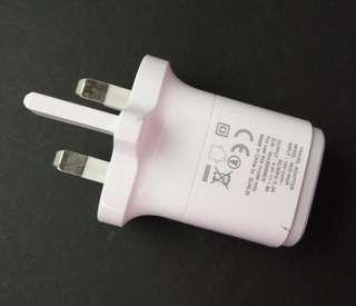 [包郵] LG 原廠充電器 插頭