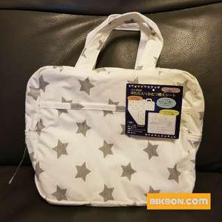 [全新] BB 嬰兒 換片墊 連 尿片袋 星星圖案