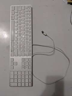 Keyboard Apple Wired + Numpad