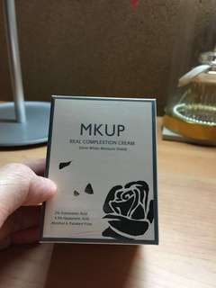 MKUP Real Complextion Cream