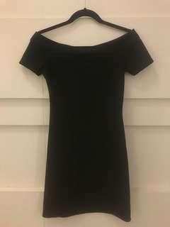Zara off the shoulder dress size s