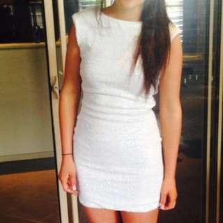 BARDOT WHITE SEQUIN DRESS SIZE 6