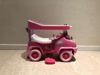 DISNEY PRINCESS CAR