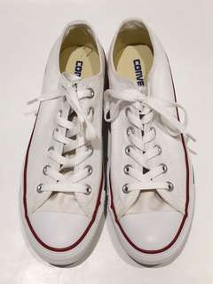 Brand New Converse Low Cut in White
