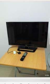 """LG 32"""" 電視機"""