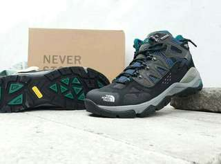 Sepatu outdoor climbing tracking THE NORTH FACE