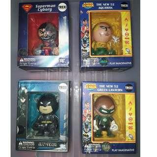 DC Justice League Superman Batman action figures by trexi original