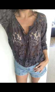 American Eagle Size Small Grey Floral Top