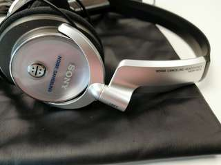 Sony MDR NC6 noise cancelling headphone