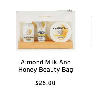 🚚 (NWT) The Body Shop - Almond Milk And Honey Beauty Bag