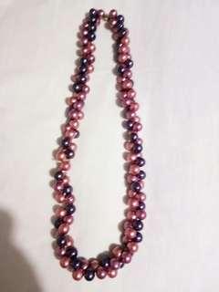 Pink n purple beaded necklace Japan