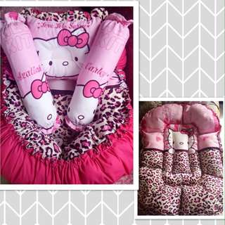 Hello Kitty Baby Cribnest