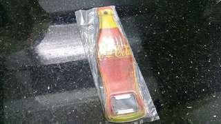 (全新)Coca-Cola 可樂懷舊磁石貼-開汽水器紀念品(一個)