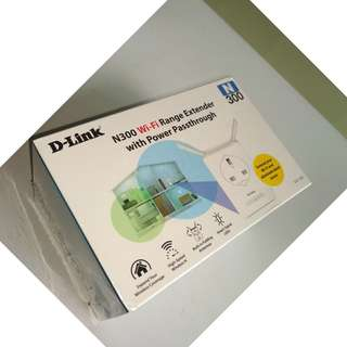 D-Link Access Point / Range Extender with Antenna and Passthrough