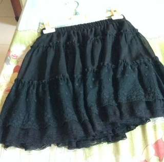 Mineola Ruffle Skirt Rok Hitam