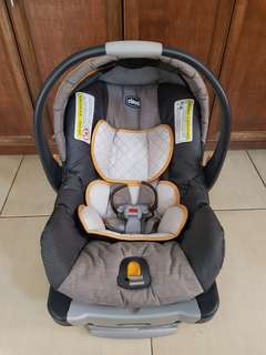 Infant Car Seat - Chicco KeyFit 30