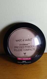 Preloved WnW Pressed Powder