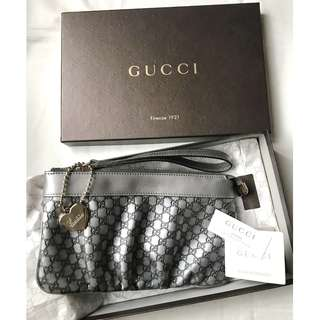 【不議價】GUCCI GG monogram metallic silver leather wrist bag pouch