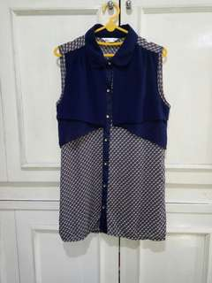 Navy blouse mix